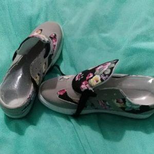 Shoes - COPY - Tennis shoes